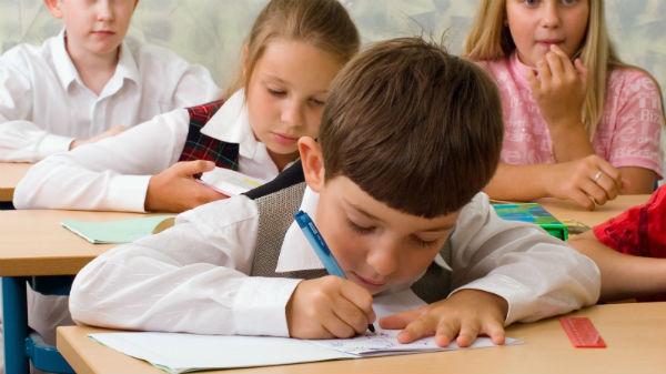 Prin implementarea GDPR notele de la şcoală pot fi anonimizate