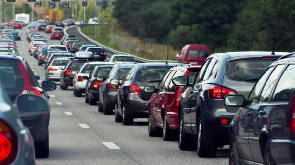 Hamburg interzice circulaţia maşinilor diesel prin localitate