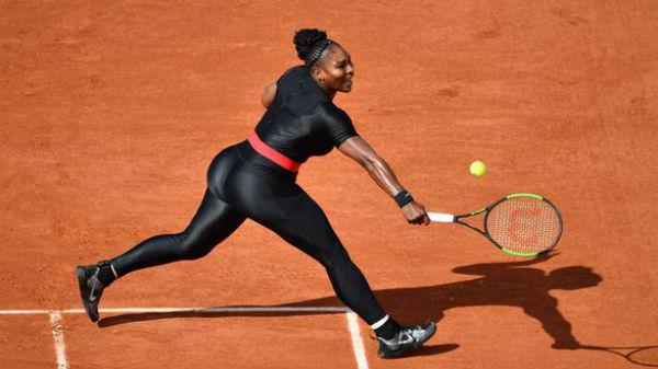Serena Williams, ţinută neobişnuită în primul meci de la Roland Garros