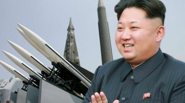 Televiziunea de stat din Rusia a trucat o imagine cu Kim Jong Un, ca să pară că zâmbeşte