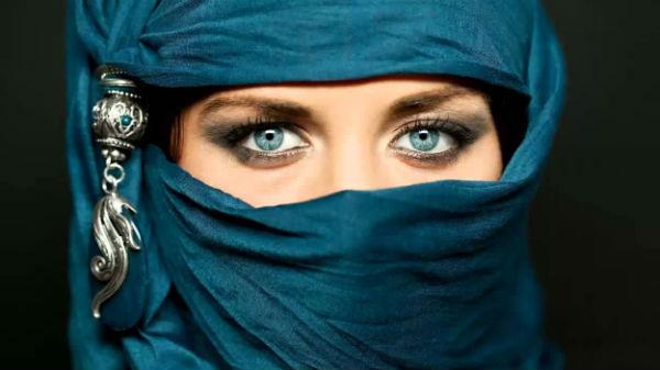 Ce fac musulmanii în dormitor în noaptea nunţii?