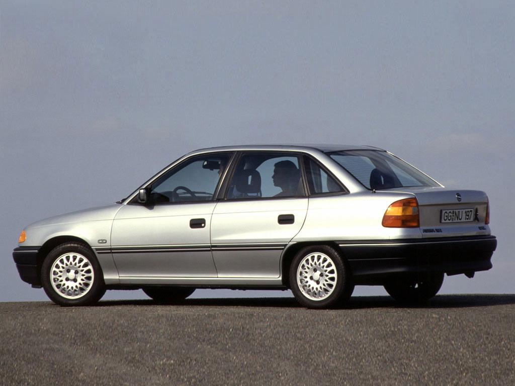 Opel Astra Sedan (1991-1997)