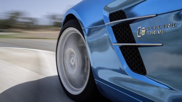 Mercedes-Benz SLS AMG Electric Drive: cea mai rapidă maşină electrică de serie din lume
