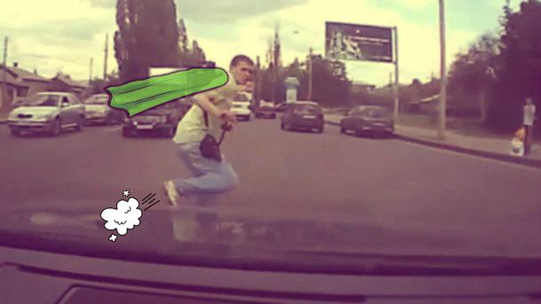 VIDEO: În Rusia, pietonii au super-puteri