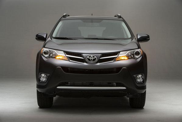 Toyota RAV4 2013, front view. Poza cu fata.