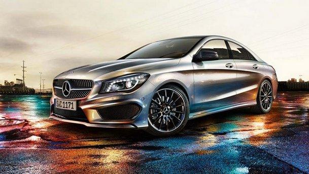 Primele imagini oficiale cu Mercedes-Benz CLA 45 AMG