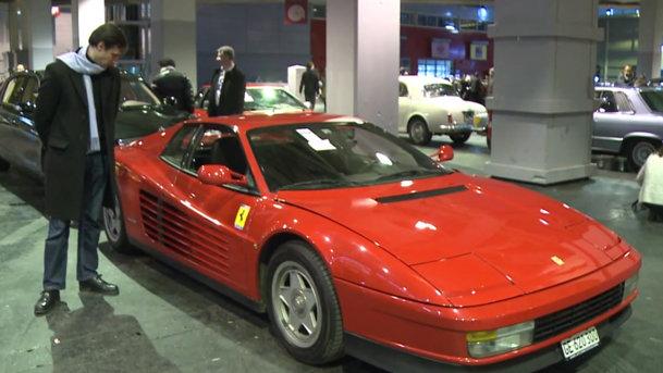 Modelul Ferrari Testarossa deţinut de Alain Delon s-a vândut cu 171.500 euro