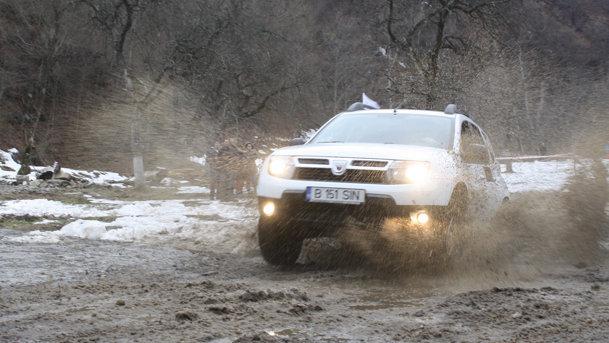 Weekend plin la Sibiu, la reuniunea proprietarilor de Dacia Duster