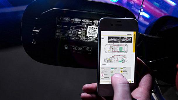 Mercedes lucrează la un sistem cu coduri QR care ar putea ajuta victimele accidentelor