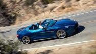 Aston Martin Vanquish Volante, dezvăluit: primele imagini cu decapotabila