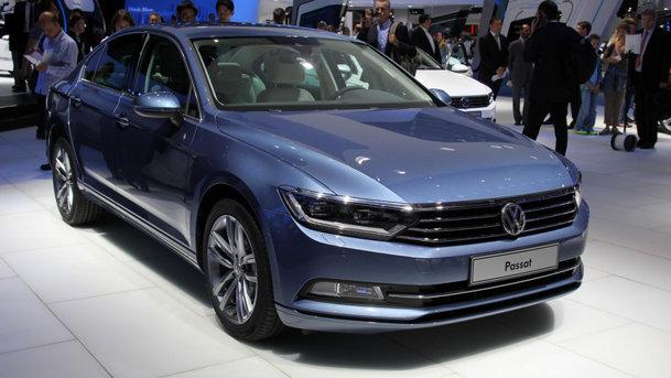 A opta generaţie VW Passat a devenit aproape premium! LIVE PARIS 2014