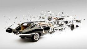 Ferrari şi Jaguar şi Mercedes-Benz dezintegrate în numele artei