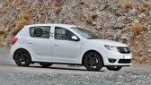 Dacia Sandero Sport a fost surprins fără camuflaj