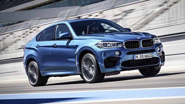 Românul Claudiu David prezintă noul BMW X6M. VIDEO