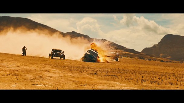 Noul trailer la Mad Max: Fury Road este absolut apocaliptic