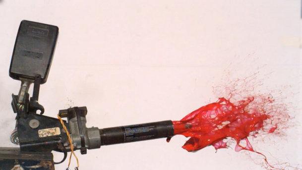 Cum funcţionează centurile de siguranţă pretensionate. VIDEO slow-motion