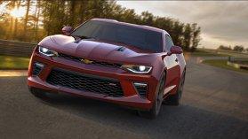 Noul Chevrolet Camaro 2016: primele imagini şi informaţii