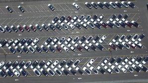 Cum arată fabrica TESLA văzută din dronă. VIDEO