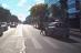 VIDEO O femeie care traversează strada este lovită de o maşină. Cui aparţine vina?
