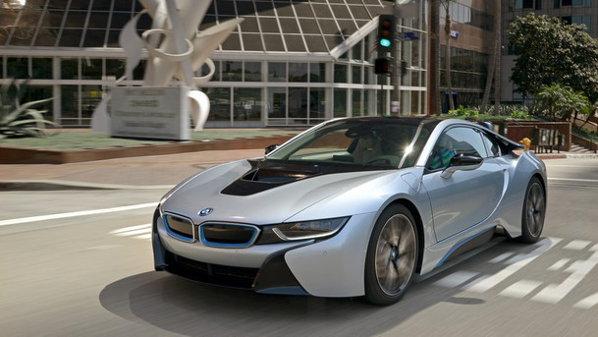 GALERIE FOTO Primul BMW i8 a fost livrat în România. PLUS: Test-drive în România