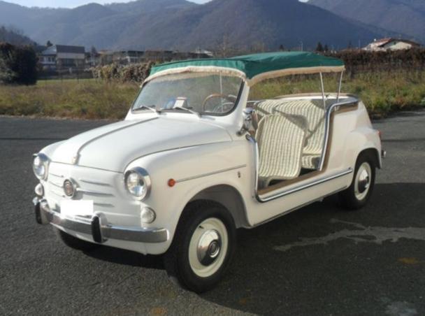 """Un """"esemplare rarissimo"""" de Fiat 600 din 1962, care costă cât un Porsche"""