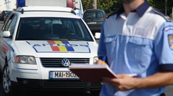 Demontarea unui mit: Au dreptul şoferii să le ceară poliţiştilor documente despre radar, orarul de patrulare, certificat de omologare şi altele? [VIDEO]