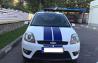 Ford Fiesta ST - 5.400 de euro. Descrierea maşinii este următoarea: Fiesta ST - 150 de CP, prima înmatriculare s-a făcut în 2008, în bord are 85.000 de km reali, climă, geamuri electrice, volan piele ST, jante aliaj ST originale, este echipată cu anvelope de iarnă, iar în ultimele şase luni au fost schimbate: ambreiajul, bujiile, uleiul şi filtrele. Taxa este platită şi nerecuperată.