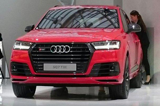 Noul Audi SQ7, cel mai puternic şi mai rapid SUV diesel din lume. GALERIE FOTO