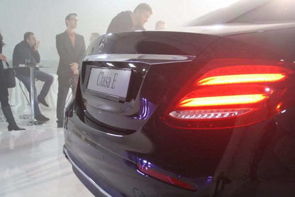 Noul Mercedes-Benz Clasa E, disponibil şi în România. PREŢURI ŞI GALERIE FOTO
