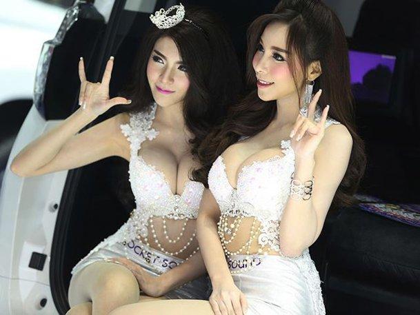 Cele mai frumoase fete de la Salonul auto din Bangkok. GALERIE FOTO