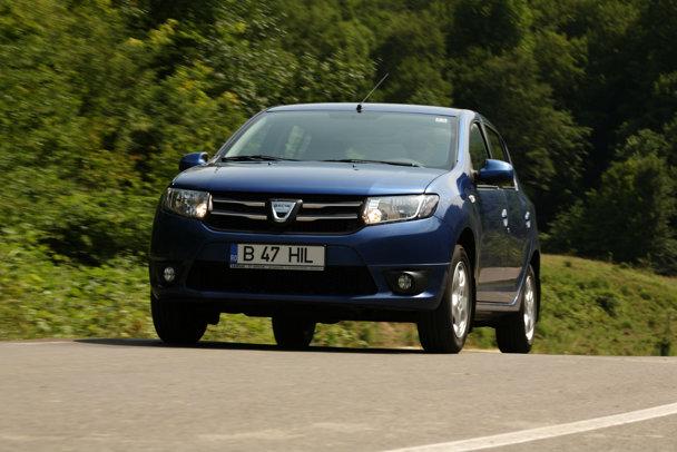 """GALERIE FOTO - Ford atacă Dacia Sandero cu noul model """"Ka+"""". Cum arată şi cât costă maşina ce ar putea fi produsă în România"""