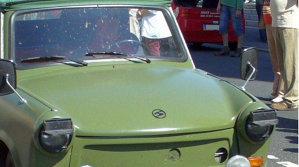 Cum arată probabil cel mai scump Trabant din istorie. Bonus: un test de impact. GALERIE FOTO - VIDEO