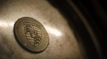Cum arată un Porsche 911 care a stat ascuns 40 de ani - GALERIE FOTO