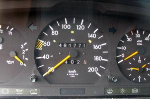 Lovitură dură pentru cei care cumpără o maşină! Amenda ajunge la 2500 de lei!