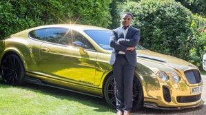 De la vânzător la McDonald's la milionar cu Bentley şi Range Rover