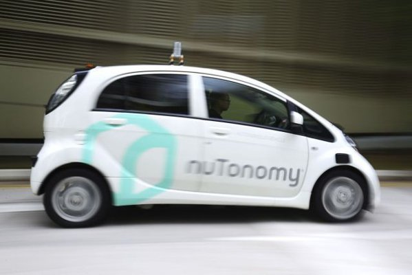 Prima ţară din lume în care poţi comanda un taxi fără şofer
