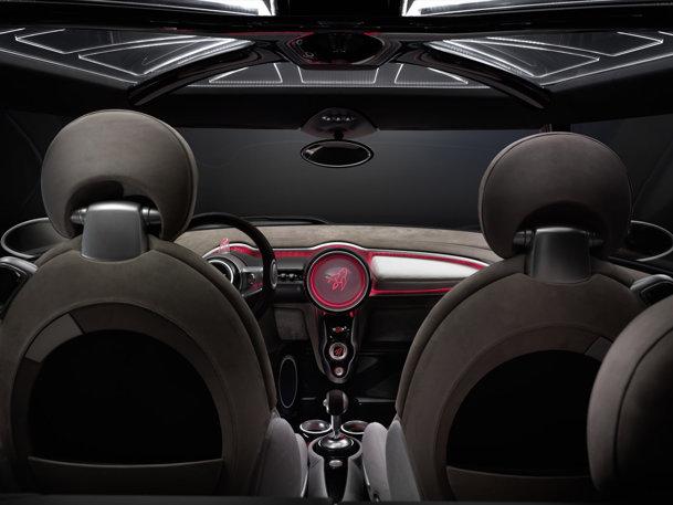 GALERIE FOTO Preşedintele BMW vrea să lanseze maşina până în 2019