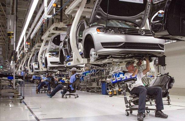 Un gigant din industria auto vine în România