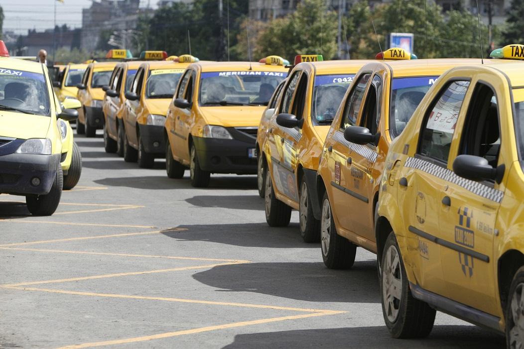 razboiul-dintre-taximetri