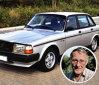 Ingvar Kamprad – Volvo 240. Începem această listă cu fondatorul Ikea - Ingvar Kamprad. Antreprenor de succes, cu o avere de aproximativ 30 de miliarde de dolari, în ciuda independenţei sale financiare a ales să conducă un banal Volvo în locul unei maşini de lux. Acest model l-a costat între 1.500 şi 2.000 de dolari.  Citeşte şi GALERIE FOTO. Florin Piersic, şoferul. Maşinile pe care le-a deţinut şi sumele pentru care le-a vândut
