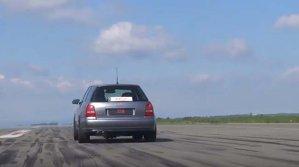 Un Audi B5 S4 Bi-Turbo din IAD. Orchestra de 1200 de CP sună senzaţional - VIDEO