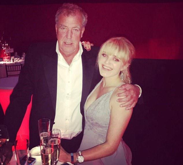 FOTO Cum arată fata de 23 de ani a lui Jeremy Clarkson, fost prezentator al emisiunii Top Gear