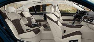 BMW a lansat noul Seria 7, ediţie aniversară pentru 40 de ani. Dotări de lux pentru ambele versiuni de ampatament şi mai multe motoare