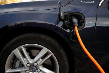 Germania propune: Stabilirea unor cote pentru MAŞINI electrice la nivelul UE