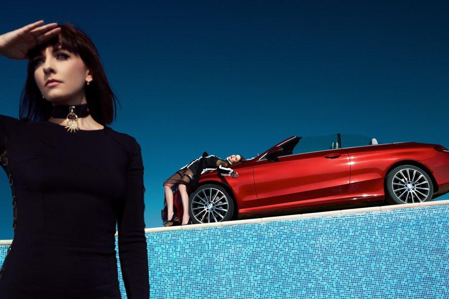 Avem o admiraţie peste măsură pentru ea şi pentru maşinile astea (pictorial exclusiv Mercedes)