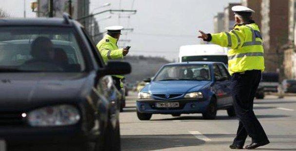 Cod roşu de amenzi pe drumurile ţării, în acest weekend. Cât permise auto au fost suspendate