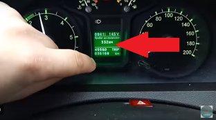 MENIUL ASCUNS în sistemul maşinii. Dacă îl accesezi faci accident de secunda doi - VIDEO