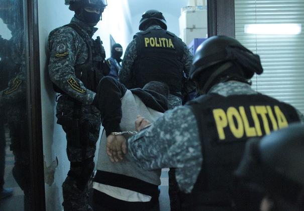 Metoda accidentul şi câţi bani fac românii din ea