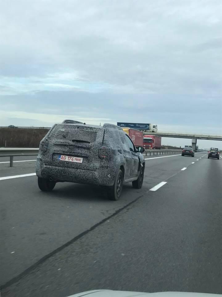 Primele imagini cu noul Duster surprins la teste pe drumurile din România - FOTO