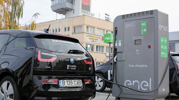 A fost inaugurată prima staţie de încărcare pentru vehicule electrice dintr-un aeroport din România